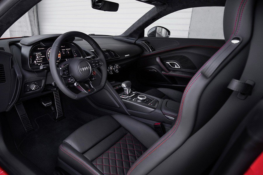 標準版R8 V10 Plus Audi提供