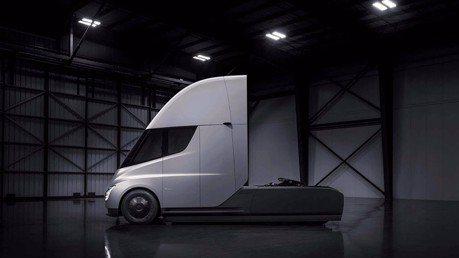 百事公司下訂100輛Tesla Semis電動卡車