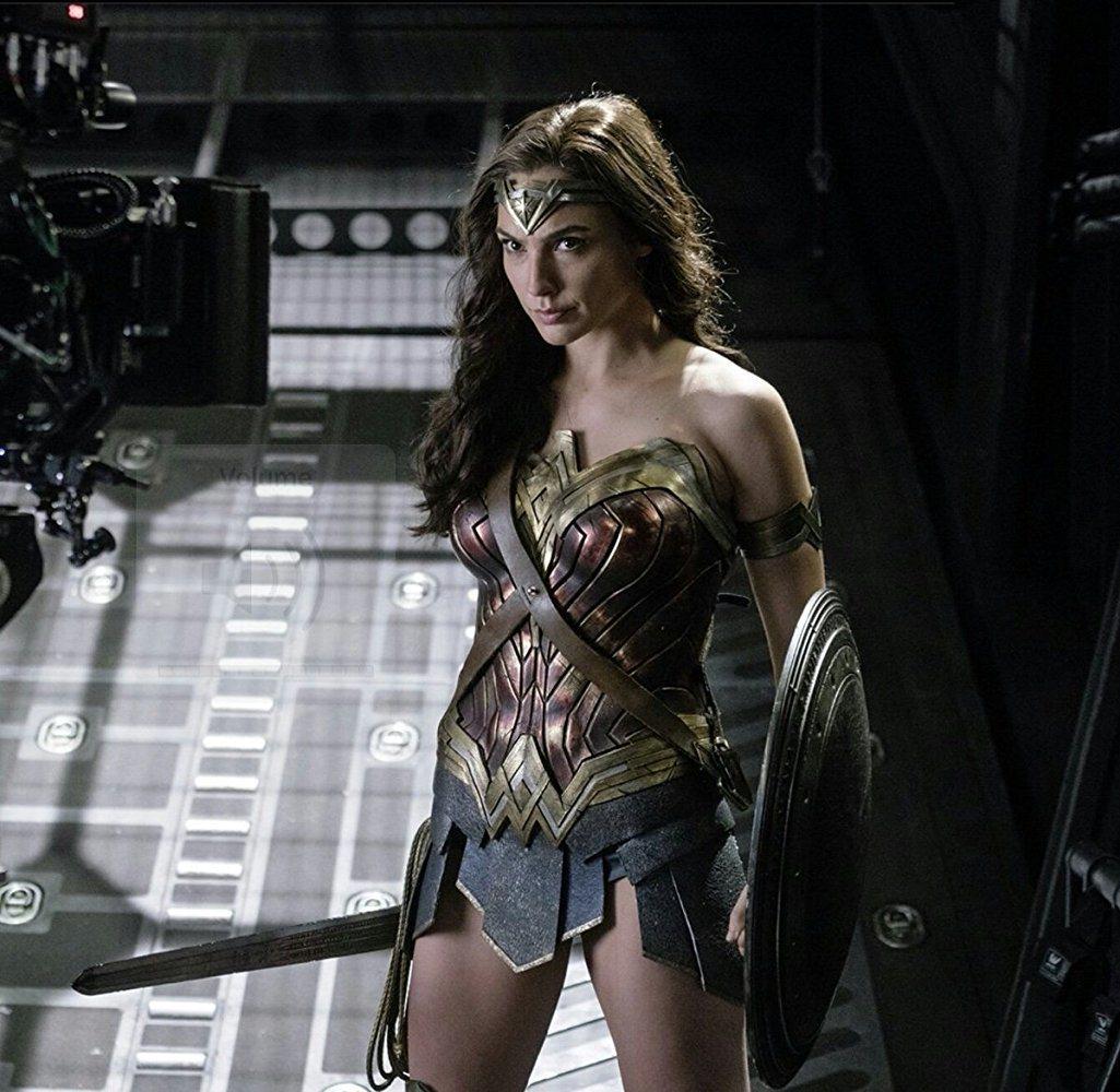 真人主演、漫畫改編的「神力女超人」,原本不叫「神力女超人」。圖/摘自imdb