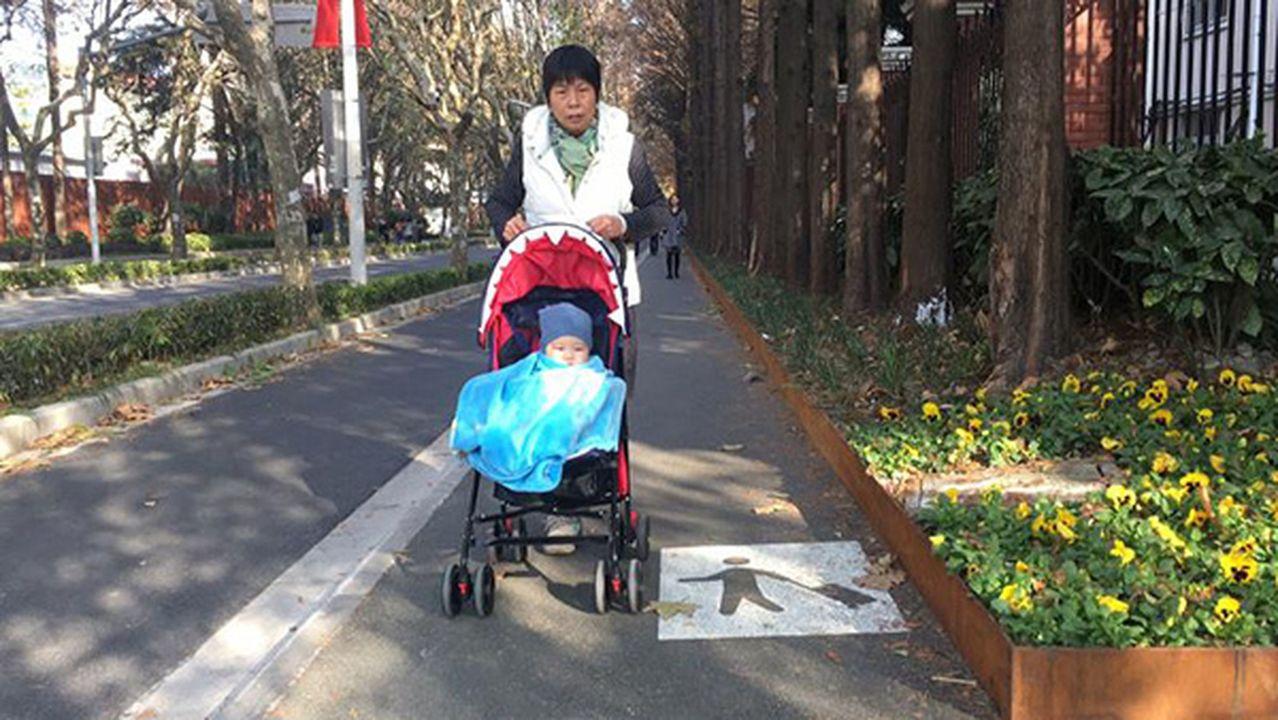上海建首條行李箱專用道,道路改造預計今年底全面完工