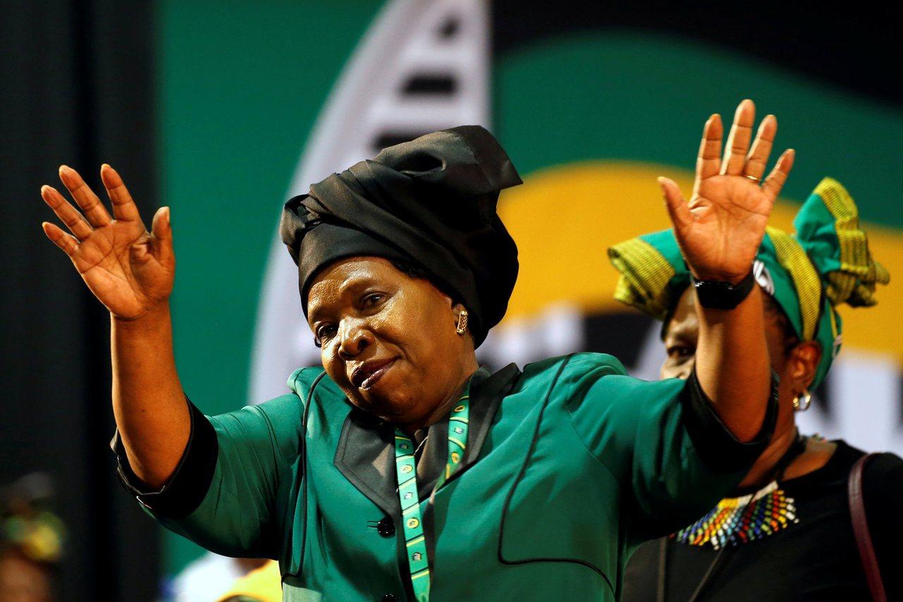 南非執政黨選主席,副總統對決祖馬前妻。 路透社