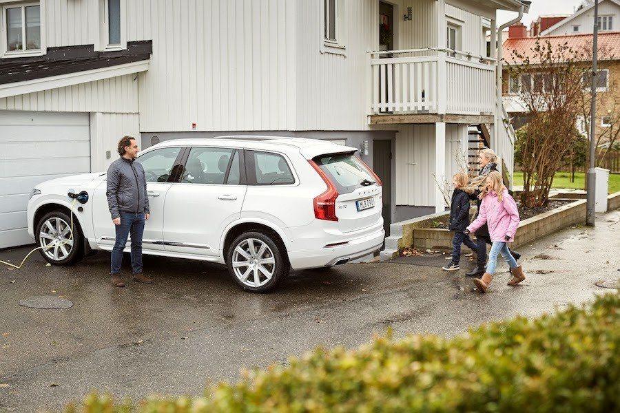 Volvo提供