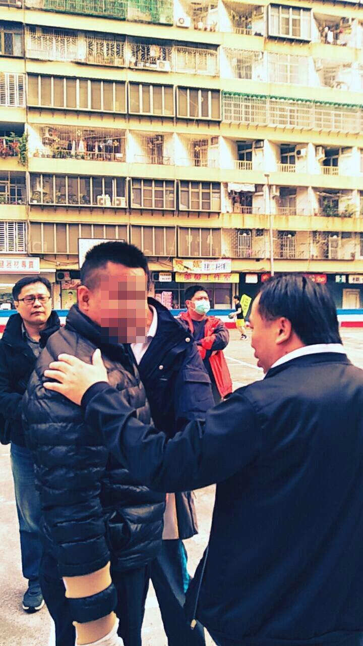 四海幫海南堂林姓堂主(左)被高雄警方列為治平對象法辦。記者黃宣翰/翻攝