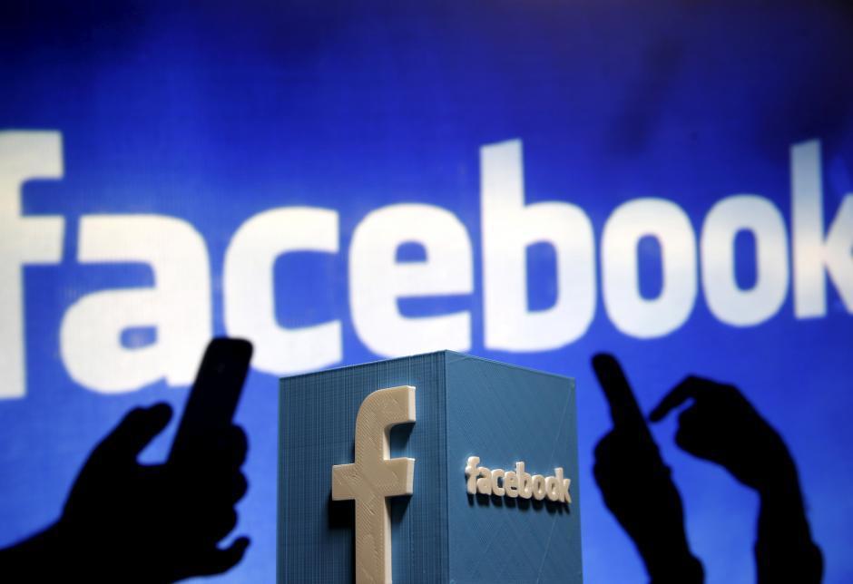 臉書近日指出,研究顯示,若不當使用臉書,恐會影響使用者的情緒。(路透)
