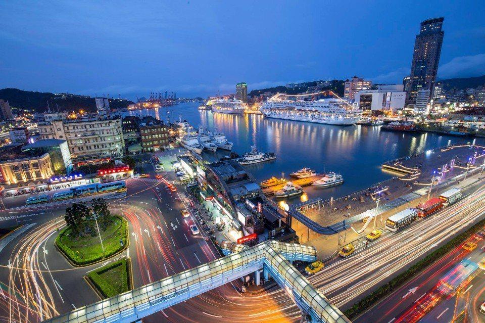 在基隆跨年還能欣賞迷人的港灣夜景。(圖片來源/魅力基隆FB粉絲團)