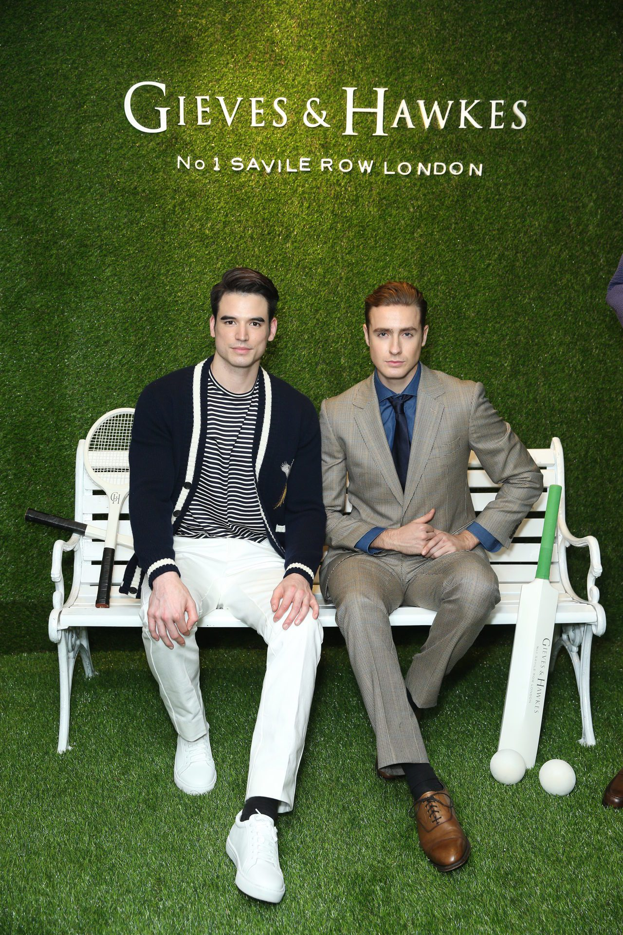 Gieves & Hawkes在2018年春夏系列,利用貴族、王室成員和愛好運動...