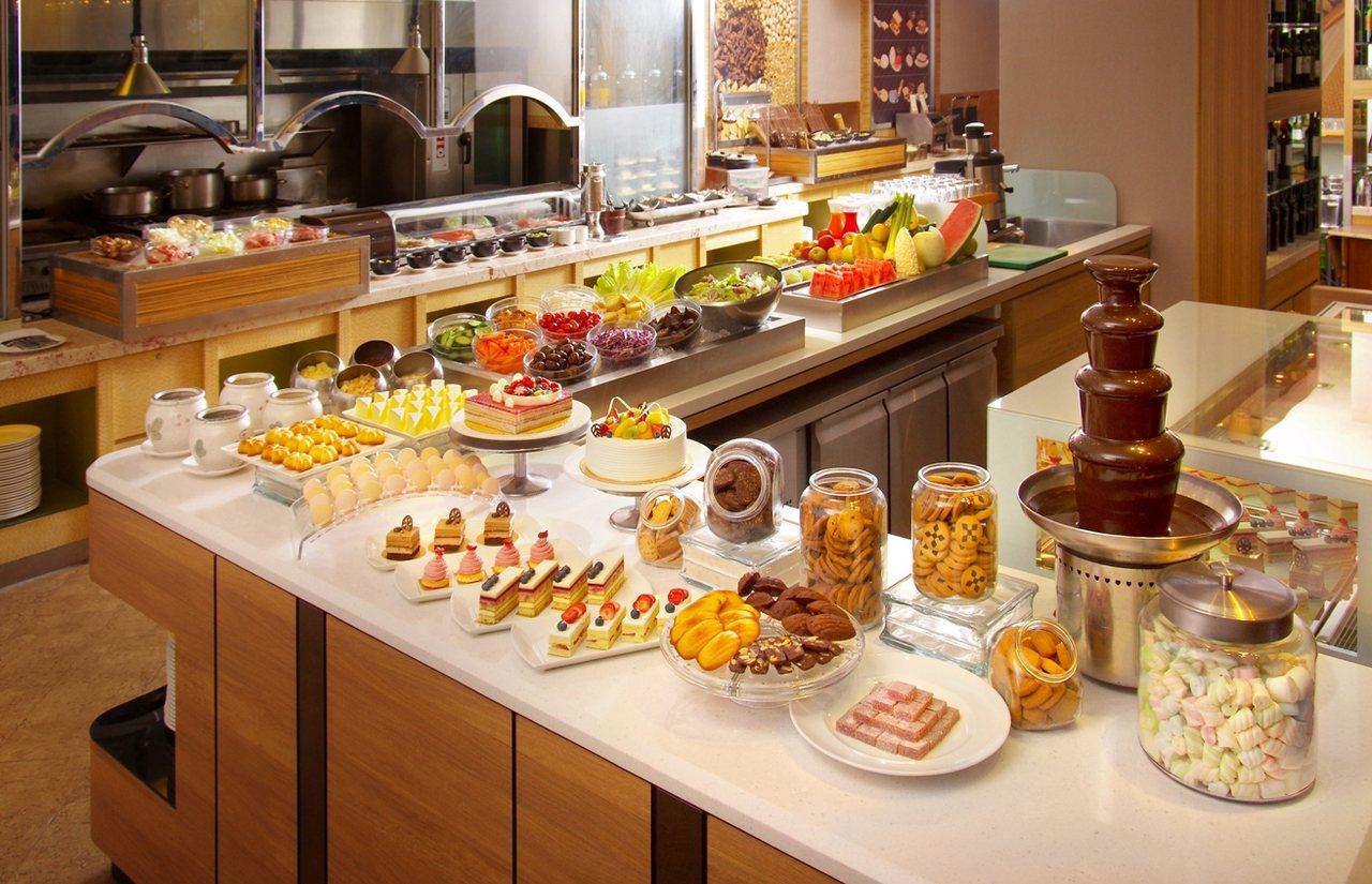 台北花園大酒店六國餐廳即日起推出優惠活動,雙人同行每人606元起。圖/台北花園大...