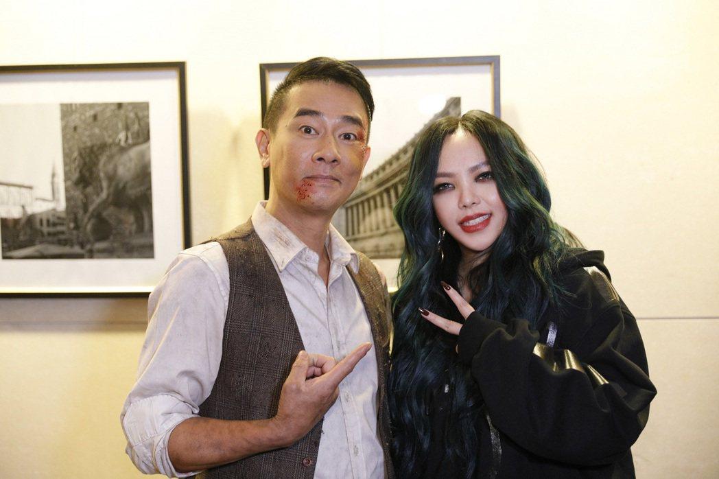 陳小春為張惠妹新歌跨刀拍攝MV。圖/EMI提供