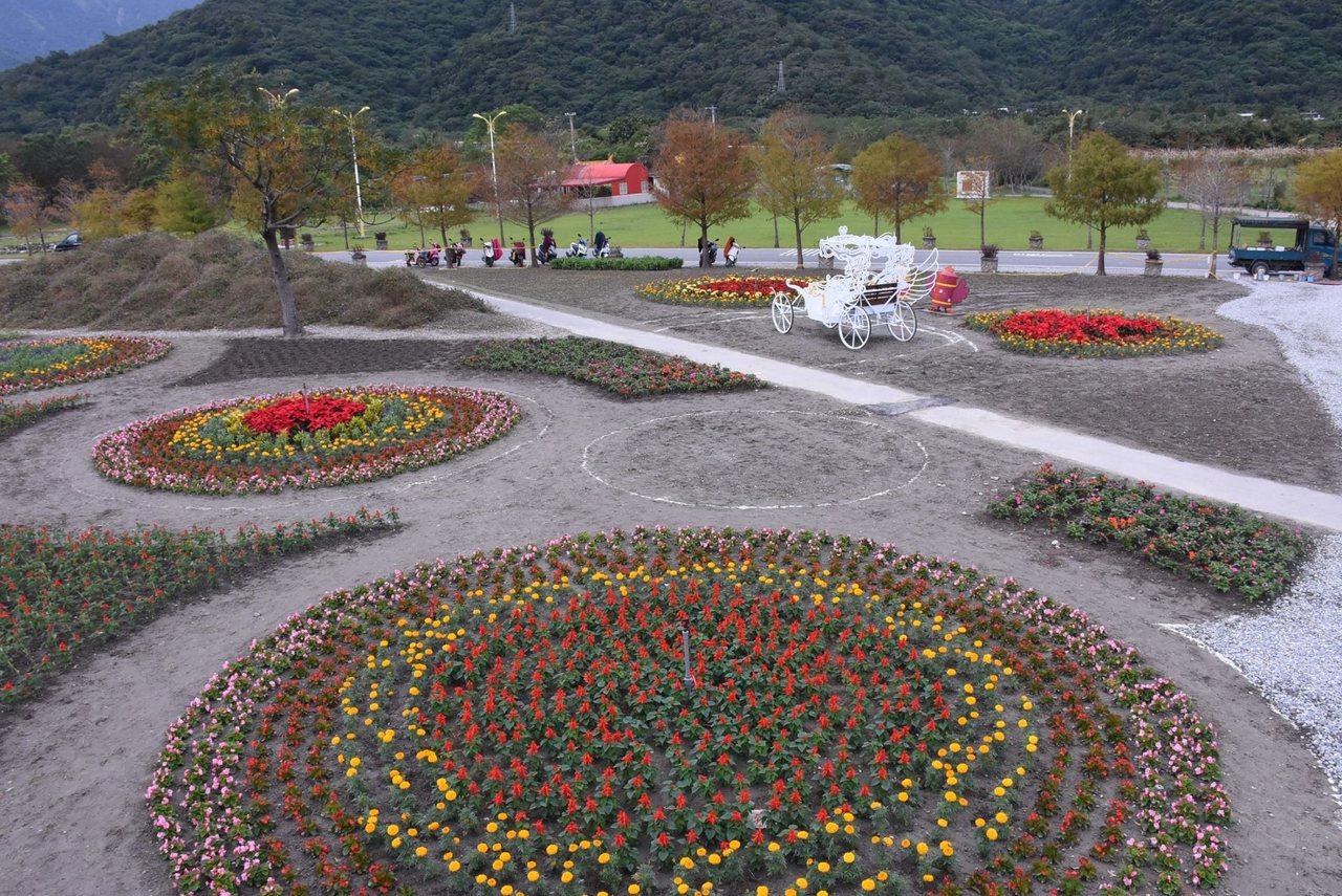 花蓮市國福花海與迷宮今年種植的花草逾7萬株。圖/市公所提供