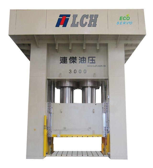 連傑油壓工業公司推出3,000噸ECO SERVO系列GMT複合材料成形機。 連...
