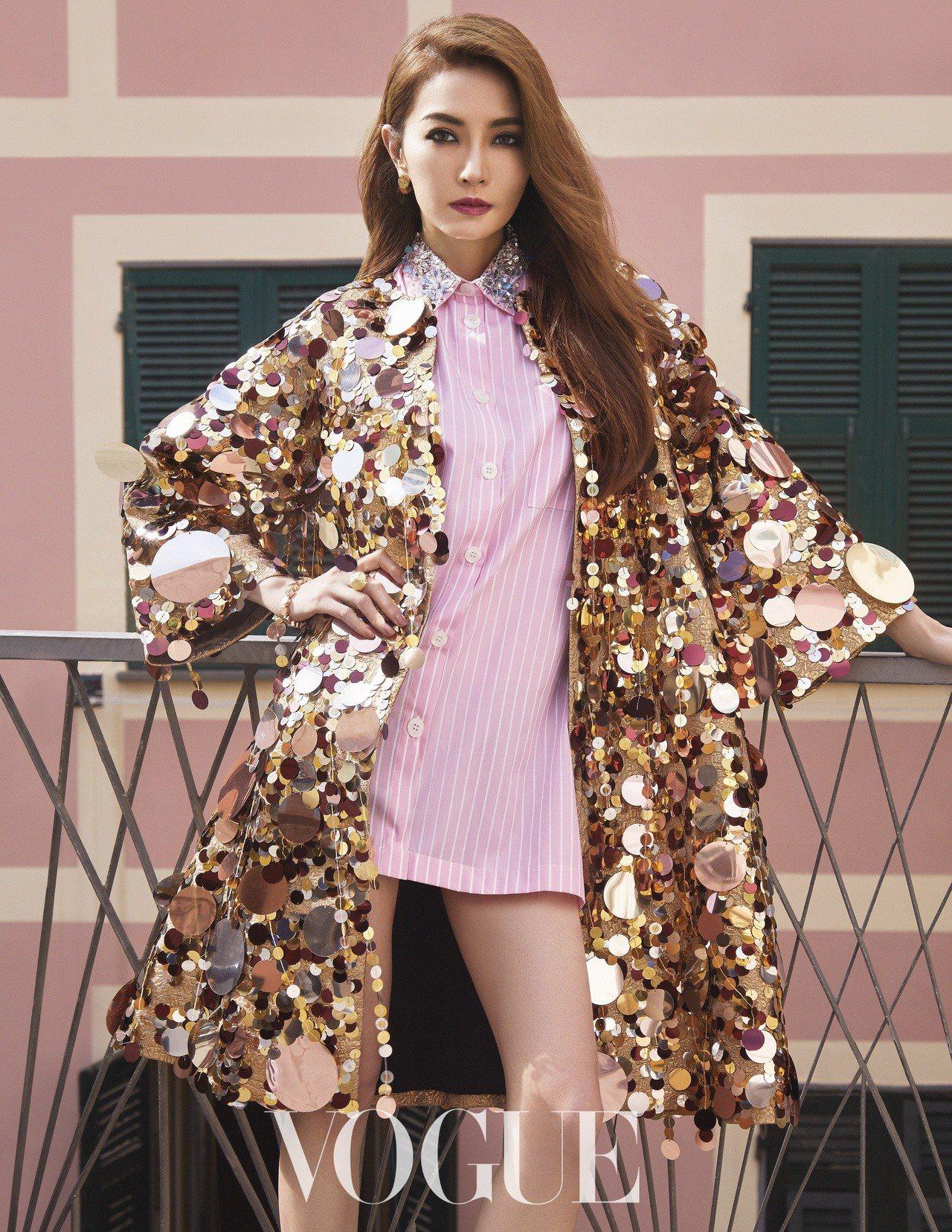 金色亮片風衣外套(Dolce & Gabbana)粉紅條紋襯衫式洋裝(Miu...
