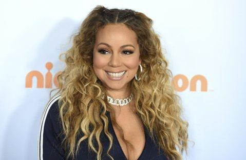 美國流行樂歌手「花蝴蝶」瑪麗亞凱莉(Mariah Carey)創作的耶誕應景歌曲 'All I Want For Christmas Is You' 在發行23年後,首度打入《告...