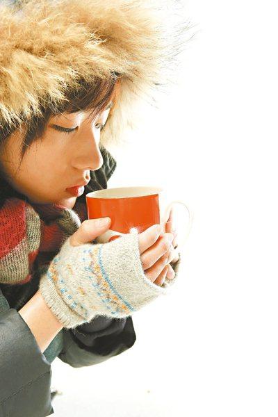 醫師觀察發現,天冷血壓控制不佳患者變多,增加併發中風及心肌梗塞風險,提醒民眾注意...