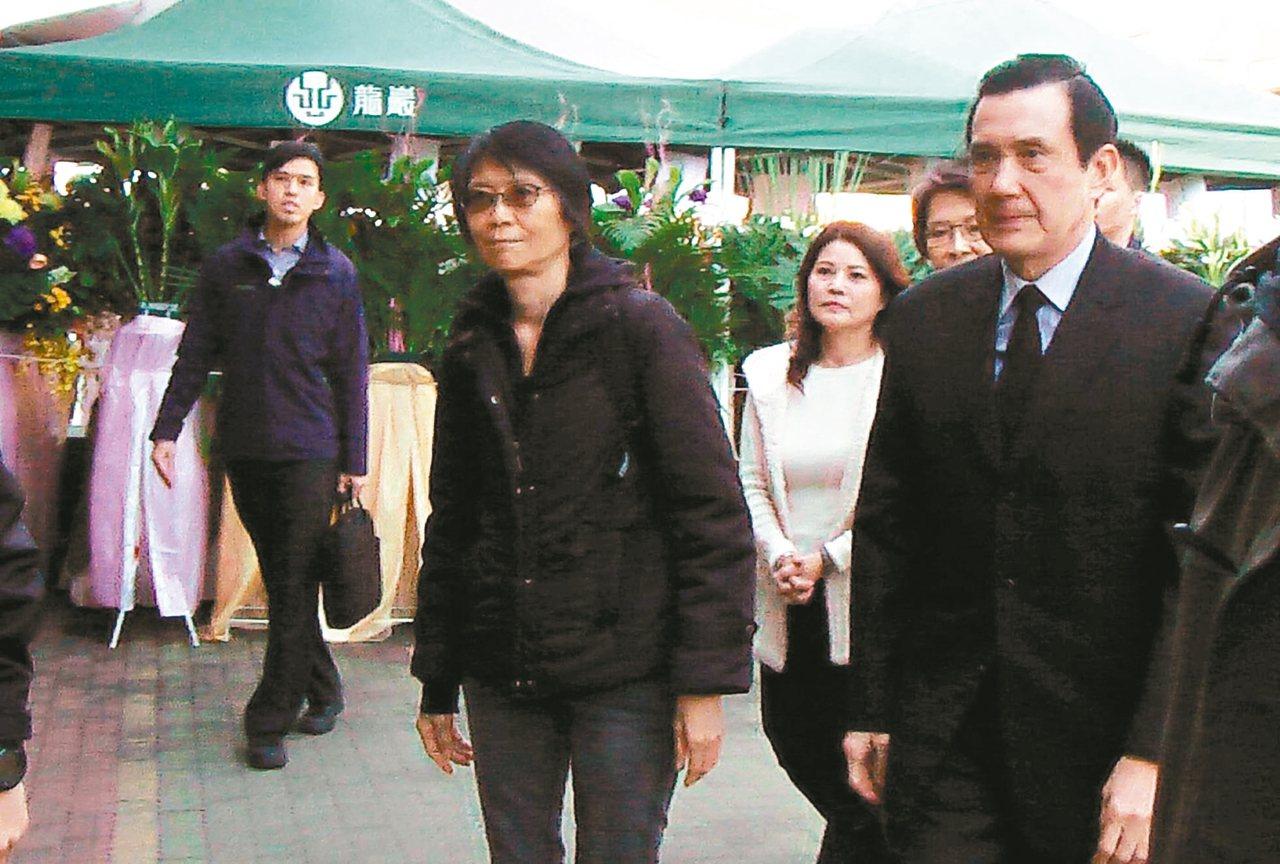 前總統馬英九(右)與夫人周美青。 聯合報系記者徐如宜/攝影