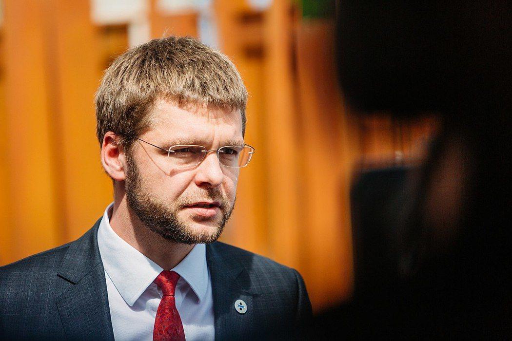 愛沙尼亞勞動暨衛生部長歐西諾夫斯基,堅定的反酒立場也讓他成為眾矢之的。 圖/維基...
