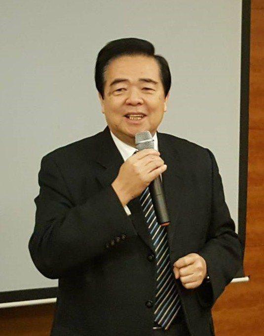 精聯保險經紀人股份有限公司總經理朱曉龍總經理。