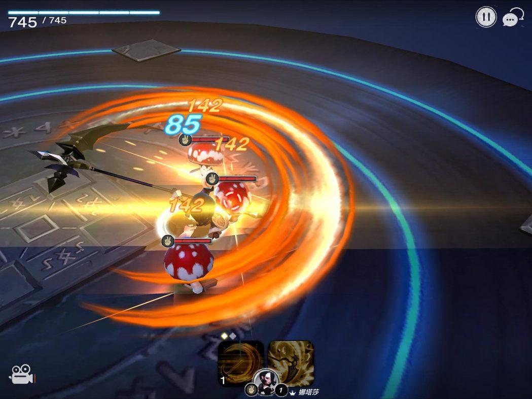 5星英雄娜塔莎(剪刀)技能「即刻審判」。