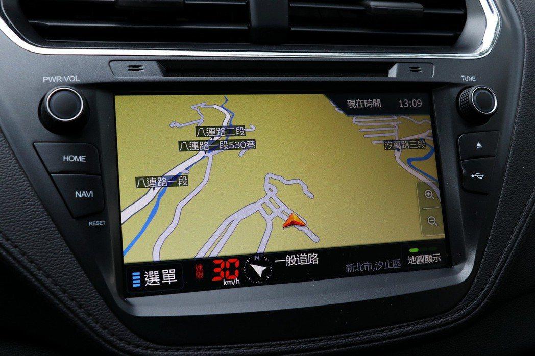 衛星導航。 記者陳威任/攝影