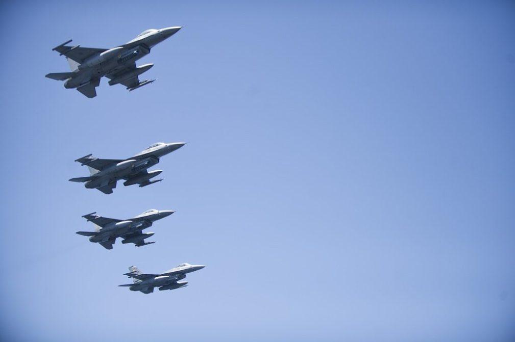 ▲花蓮 - F16戰機。(圖/攝影者:Naval Surface Warrior...