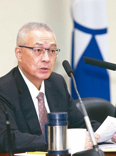 國民黨主席吳敦義昨裁示,明年初選採全民調。 記者曾學仁/攝影