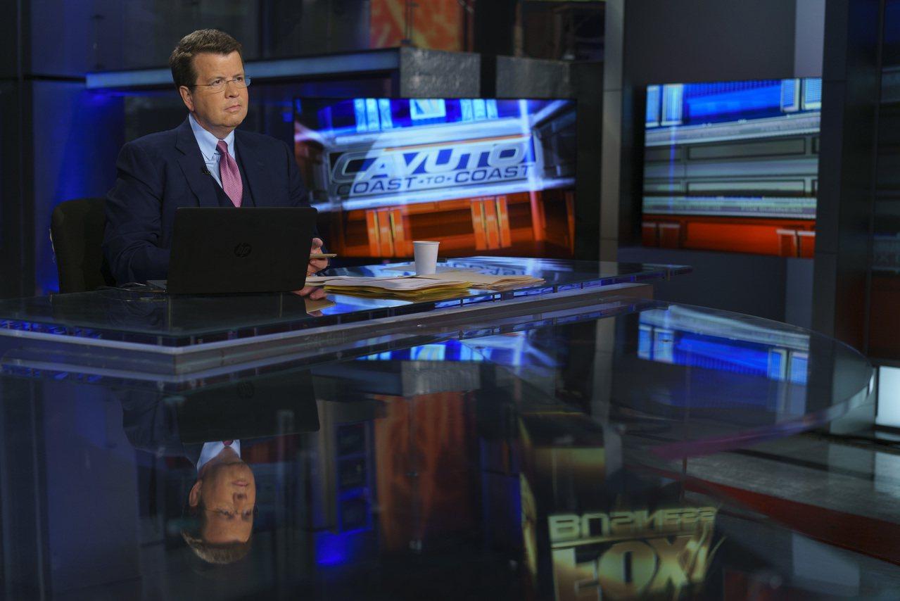 不像福斯新聞其他主播,卡伍托(圖)對採訪川普興趣缺缺。 美聯社