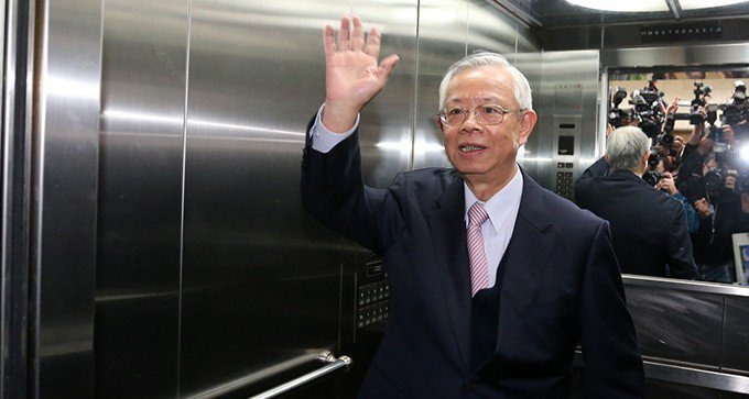 中央銀行21日舉行今年最後一次,也是總裁彭淮南任內最後一次理監事會議,會議結束後...