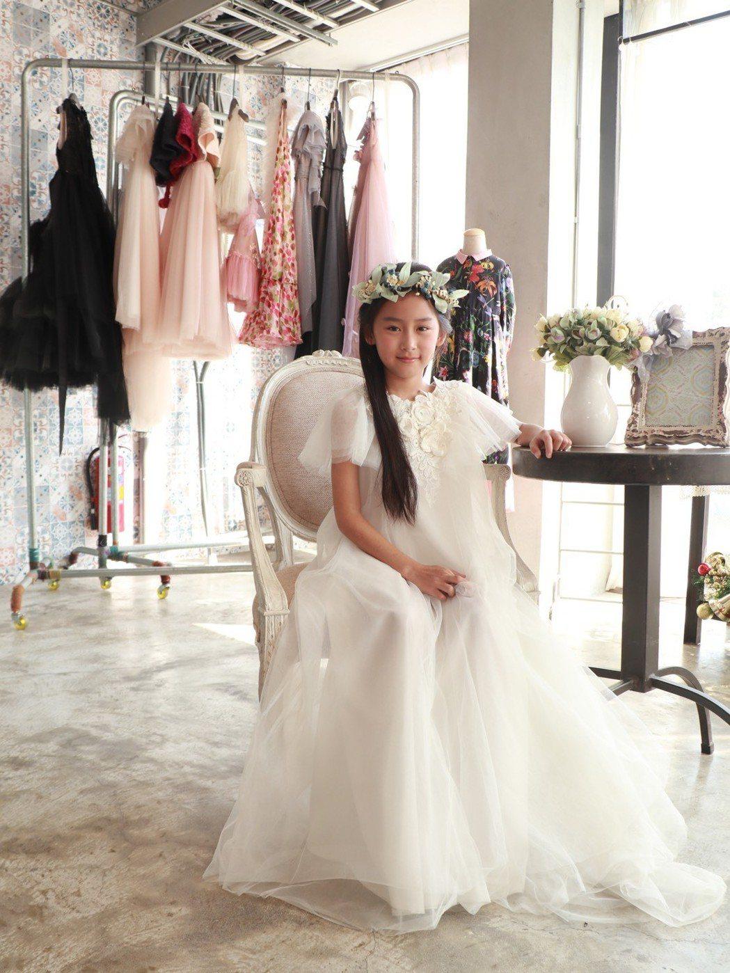 『安公主的衣櫃』幫助各個年齡層的小女孩,完成小時候蘊藏在小小心靈的夢想。 業者/...