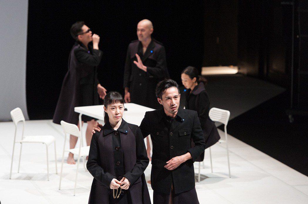 由台灣與日本演員合作,角色具備混合特質,揉碎經典人物的代表符號 圖片/莎士比亞的...