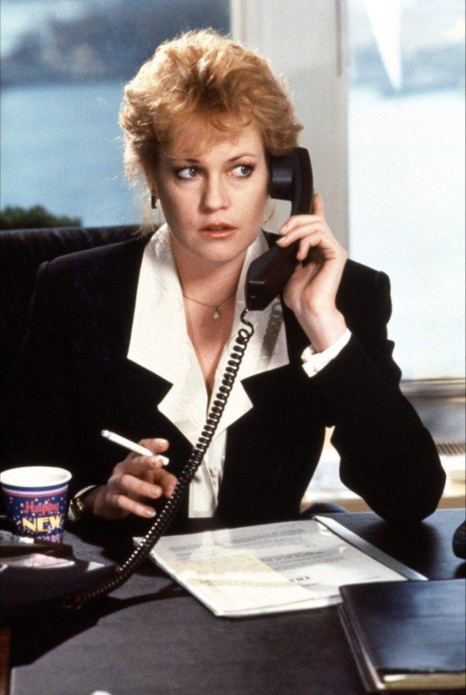 梅蘭妮葛莉芬以「上班女郎」登上金球獎影后寶座。圖/摘自imdb