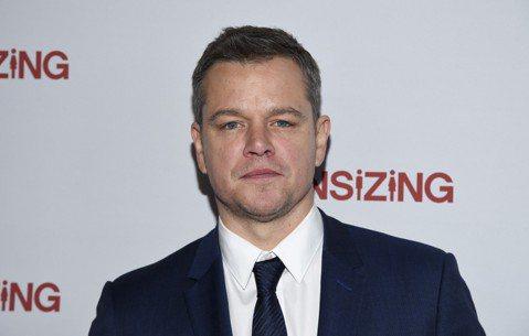 奧斯卡得主麥特戴蒙對於延燒好萊塢的性醜聞風暴出言不當讓他漸失友人,甚至引發網友連署要求剪掉他在女版瞞天過海電影中的客串戲份。法新社報導,一份網路連署要求剪掉麥特戴蒙(Matt Damon)在2018...