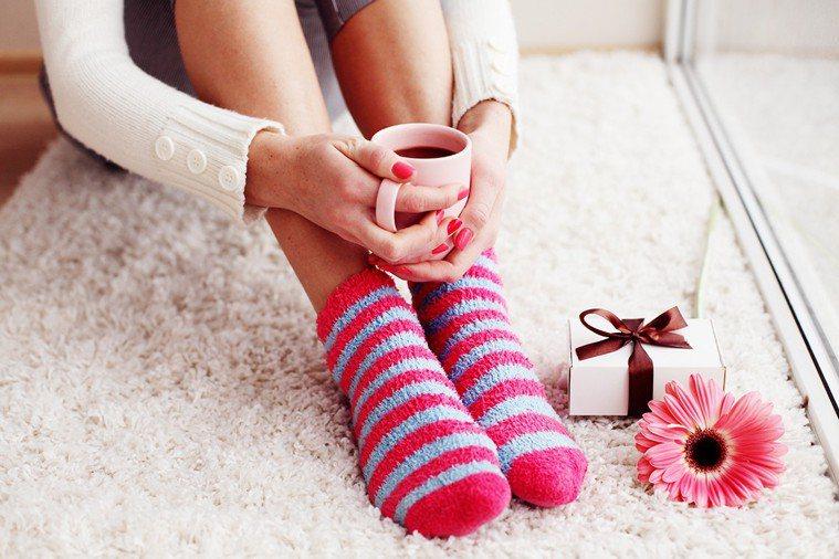 今天冬至,女性朋友養生應注意腳部保暖。 圖/ingimage
