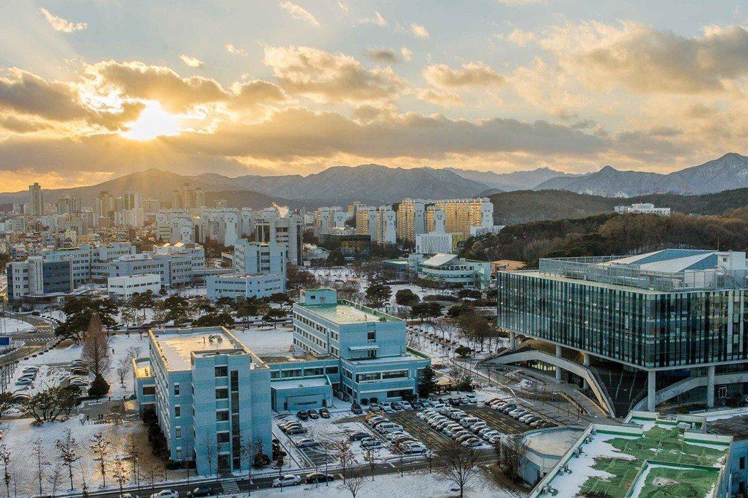 韓國科學技術院 KAIST 創校於首爾,後來遷到大田。 圖/取自KAIST官方臉...