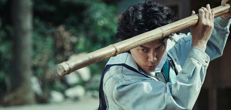 吳宇森有獨特的暴力美學風格,圖為日星福山雅治。圖/華映提供