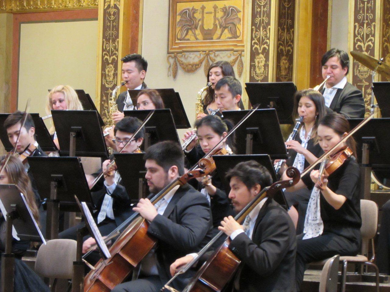 維也納佛光青年愛樂團12月26日晚間將在佛光山潮講堂進行「美麗新世界 平安幸福照...