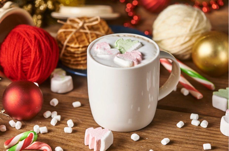 OK超商推出棉花糖雪人咖啡。圖/OK超商提供