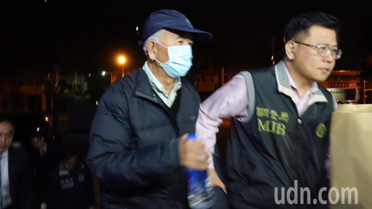 一銀前董事長蔡慶年(左)。記者劉星君/攝影