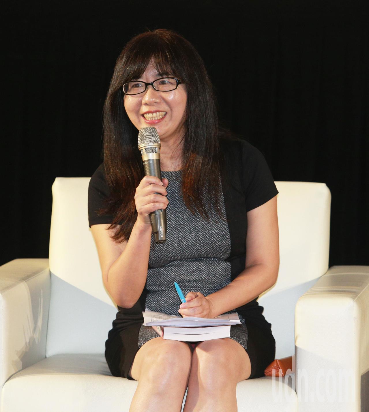 高雄市長陳菊新書「花媽心內話」作者林倖妃。記者劉學聖/攝影