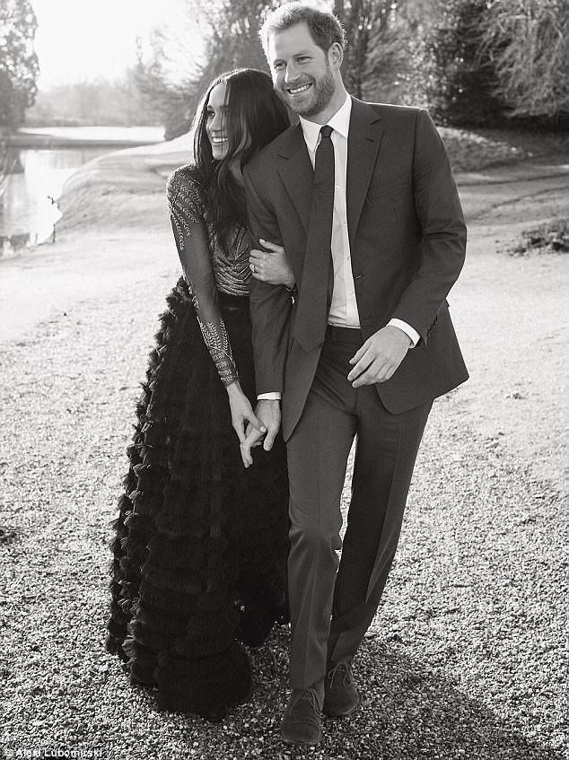 哈利王子和梅根馬可近日公布訂婚照。圖/路透