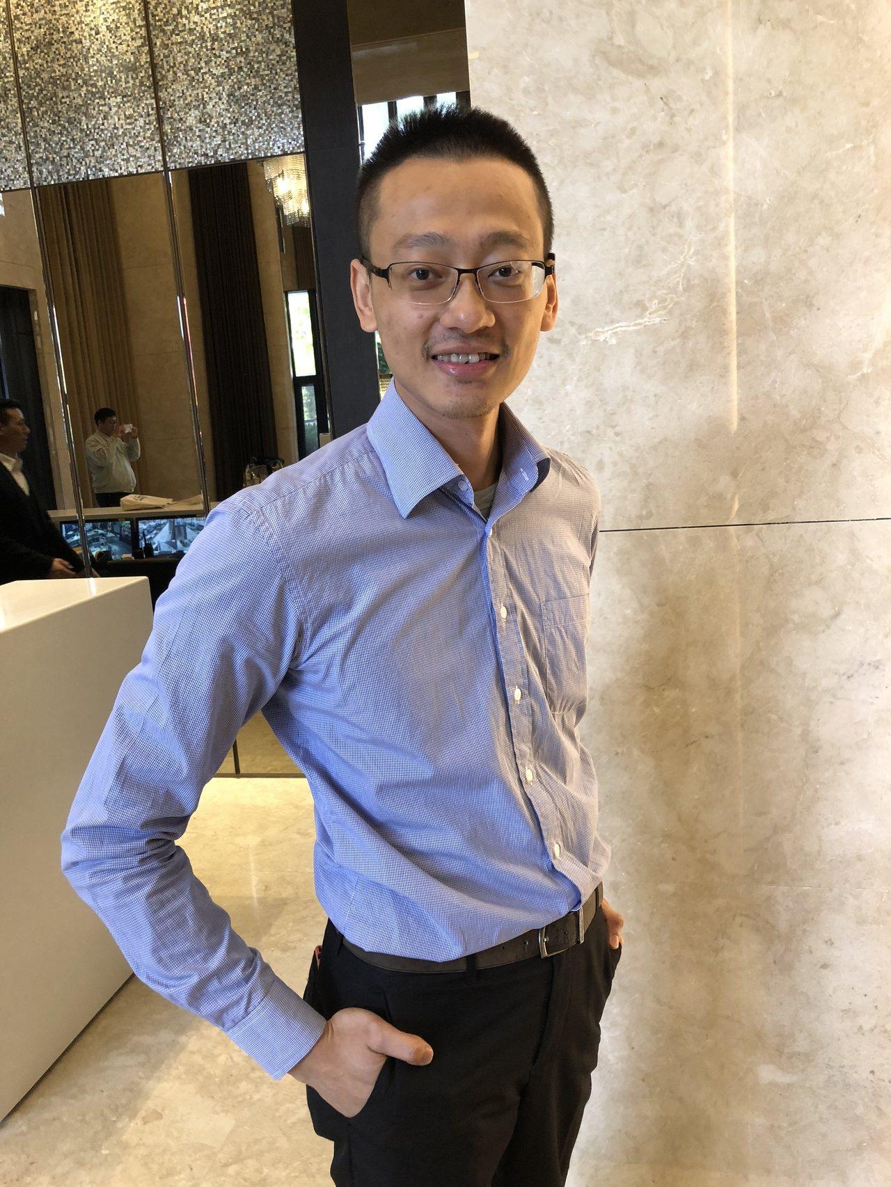 為了刺激買氣,豐謙總經理劉瑞麟宣布推出優惠成家方案,購屋人只要自備66萬元起,即...