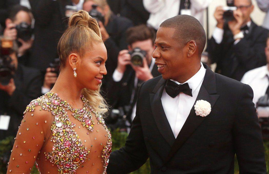 美國超級巨星夫妻Jay-Z和碧昂絲連外遇都能拿來寫歌海撈一筆,但一般人找小三小王...