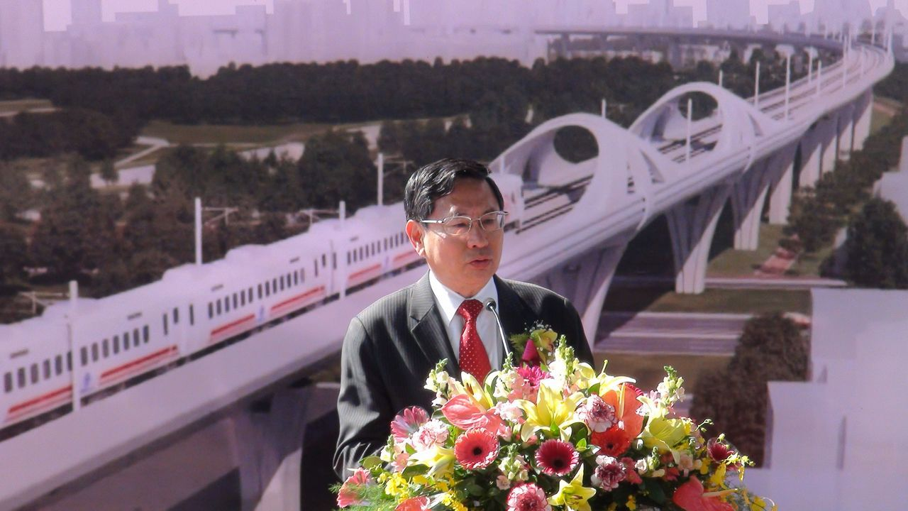 嘉義市長涂醒哲說,隨著鐵路高架化,嘉市將脫胎換骨成為國際化的進步城市,未來嘉義市...