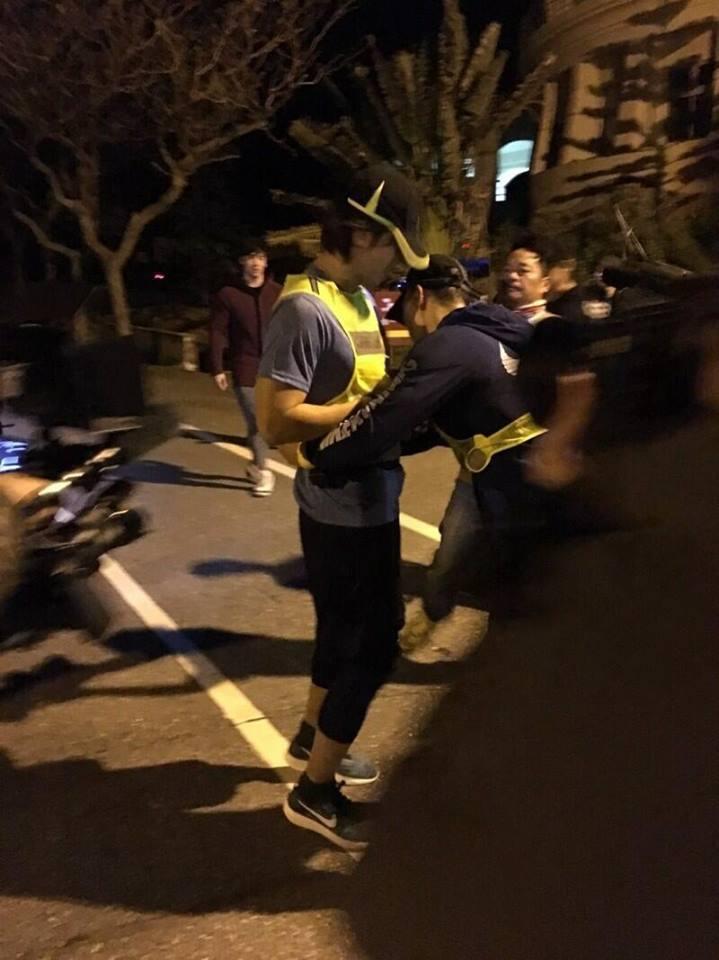 言承旭參加2017台創山海長征人車接力臺灣賽測試賽。圖/摘自臉書