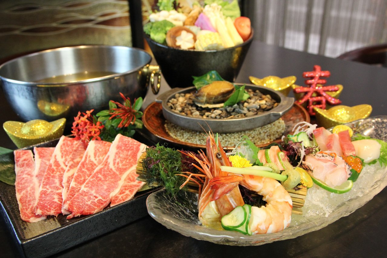 台北花園大酒店hanazono日本料理推出圍爐方案,4人9,999+10%。圖/...
