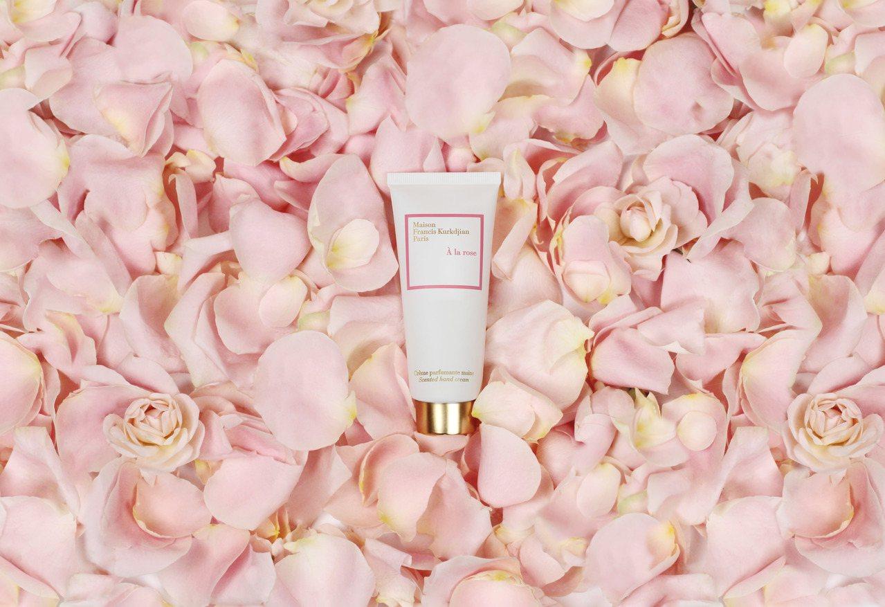 A la rose 愛戀玫瑰頂級香氛護手霜,70ml售價1,480元。圖/Mai...
