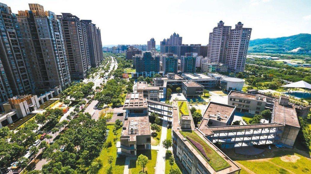 金管會公布最新建築融資及購置住宅貸款逾放比率,兩項指標分別創五、六年多來新高。 ...