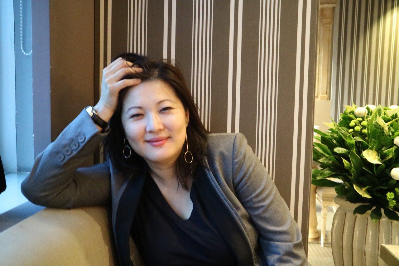 普立茲新聞獎得主方鳳美2008年起深入調查中國一胎化政策下強制墮胎、超生子女人權...