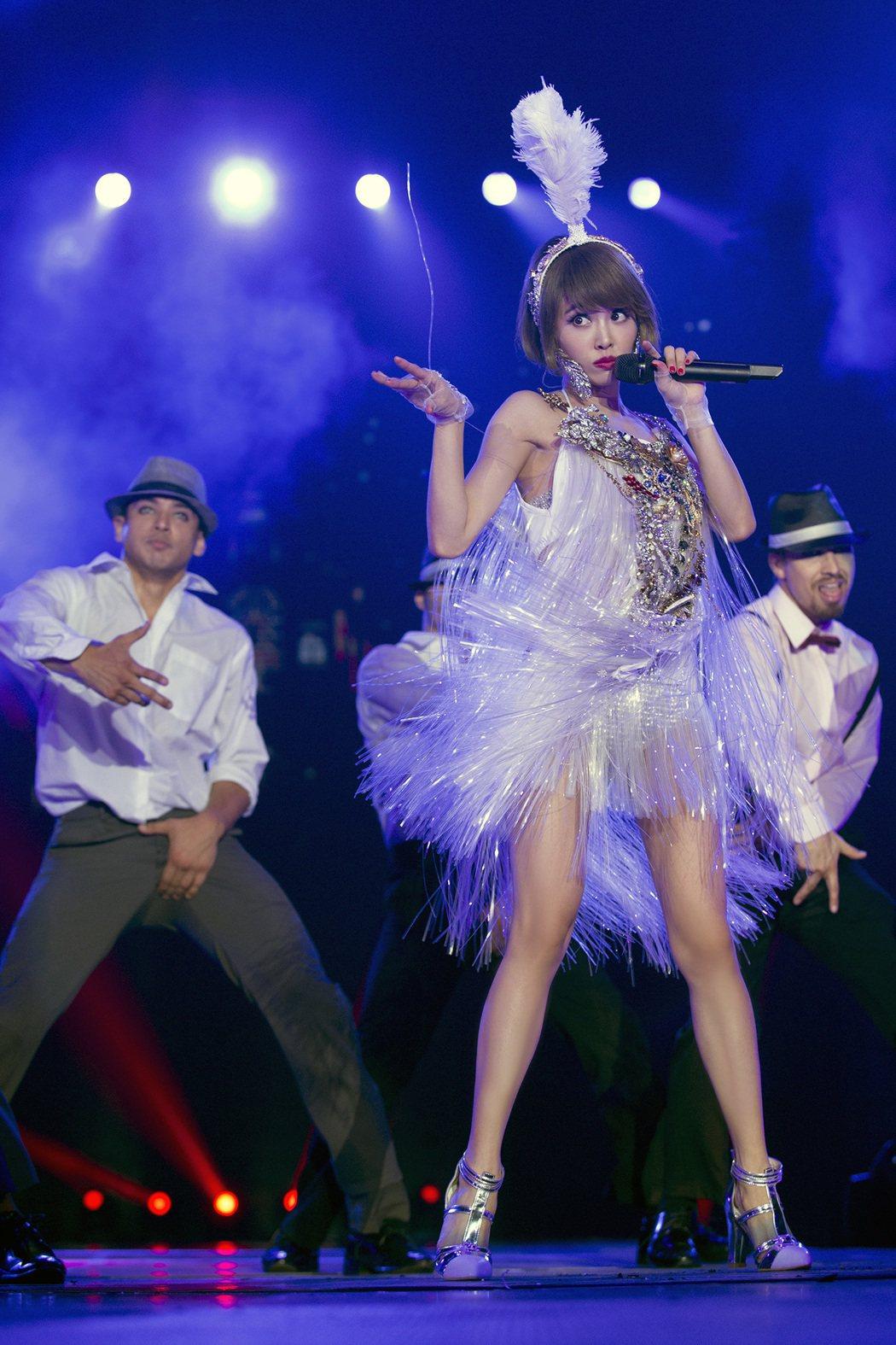 蔡依林即將推出「PLAY世界巡迴演唱會LIVE紀實」。圖/華納音樂提供