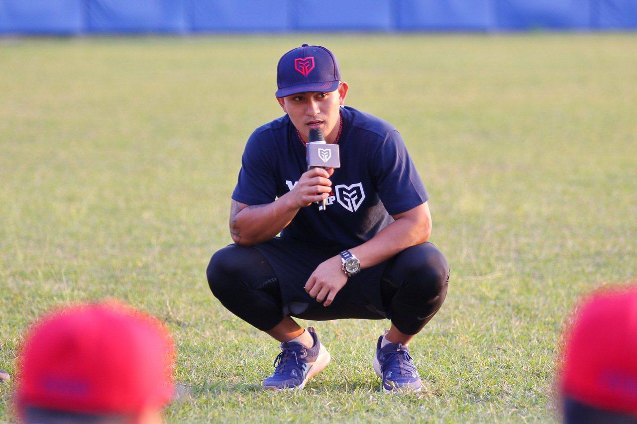 「YY Baseball Camp」,旅美球員林子偉擔任教練團。圖/寶悍運動平台...