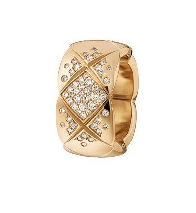 COCO CRUSH 戒指中型款,18K Beige米色金鑲嵌鑽石,22萬7,0...