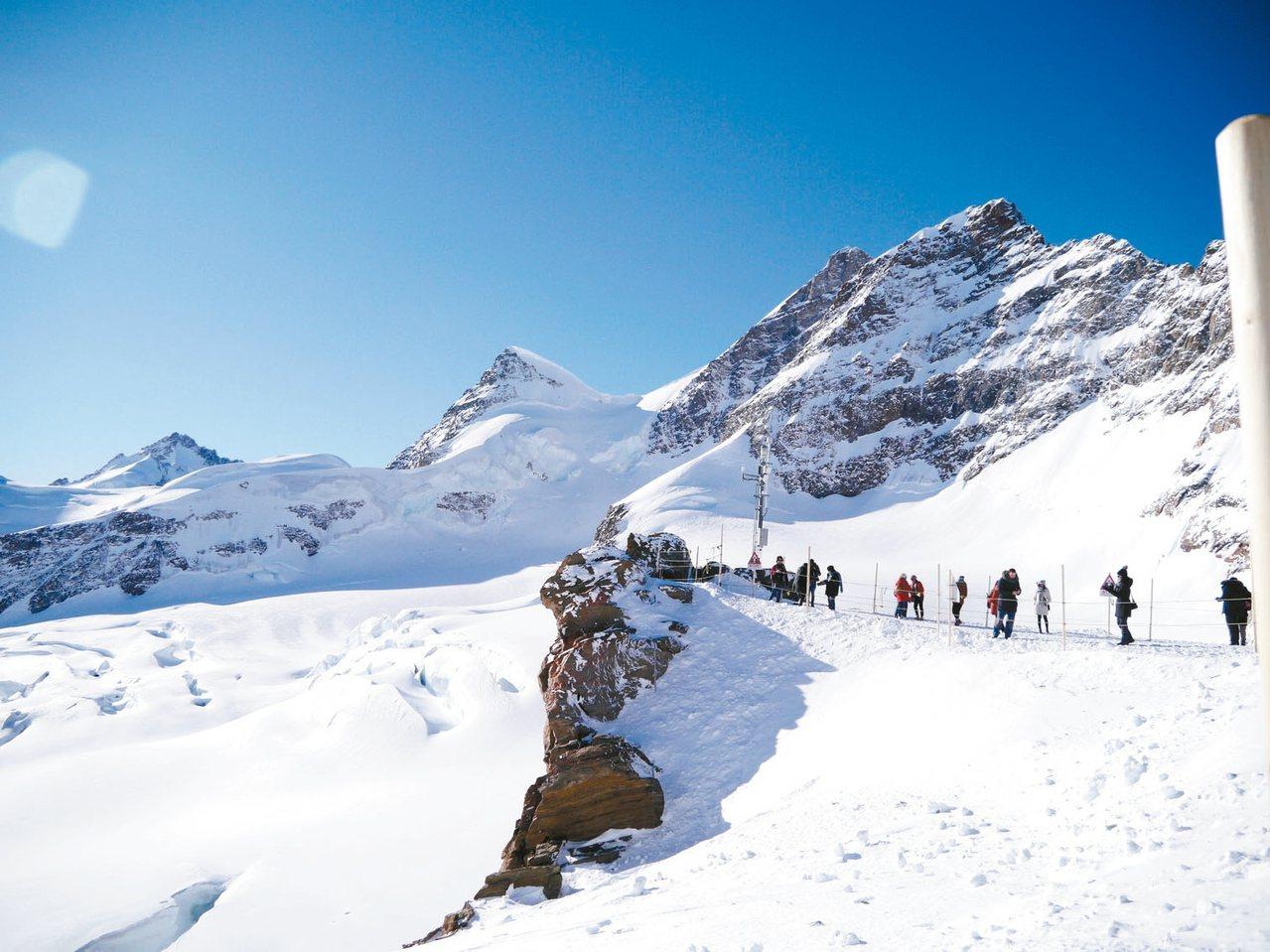 少女峰山上的冰原美景,相當壯觀。 記者許晉榮/攝影